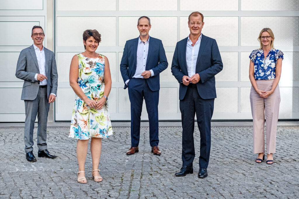 V.l.n.r.: Dr. Tillman Prinz, BAK; Regine Maruska, ZDB; Martin Falenski, BIngK; Felix Pakleppa, ZDB; Gabriele Seitz, BAK