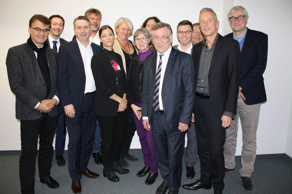 Vertreter der Mitglieder des Netzwerks Normung